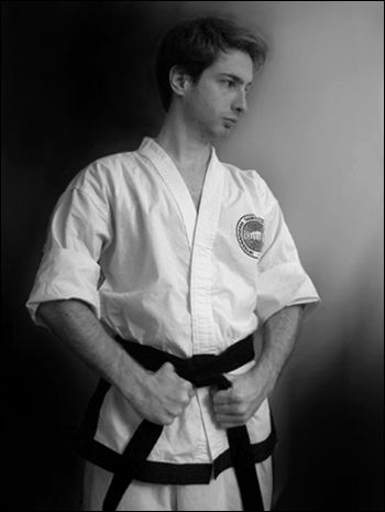 https://flic.kr/p/38K6B4 | January 2006 #taekwondo #martialarts #santiagopinto #kick #blackbelt #태권도