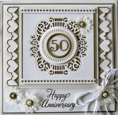 Hi crafters and Happy Thanksgiving to my American blog friends! Need a pretty Anniversary card? Here is a lovely idea for you tha.... 24/11/2016