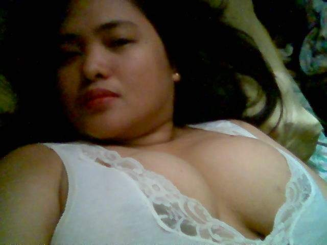 Tante Tante Yang Montok Panas  di http://tantegirang.mobi
