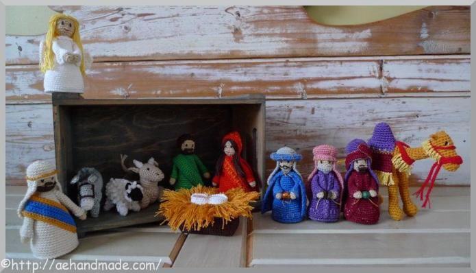 Virka filurer till en julkrubba. Köpesmönster på engelska.