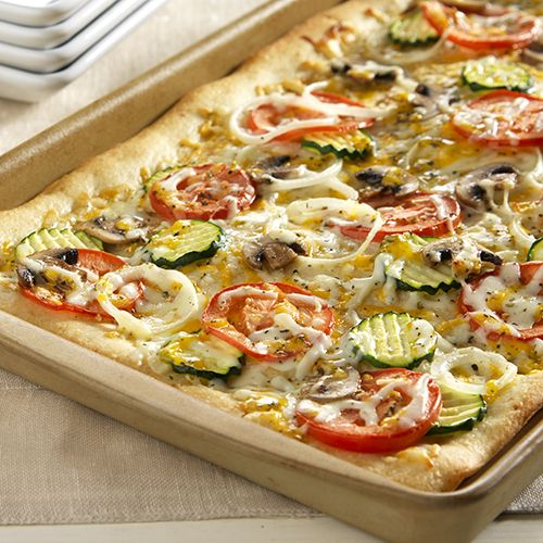 Three-Cheese Garden Pizza Stoneware Large Bar Pan www.pamperedchef.biz/kristijenkins