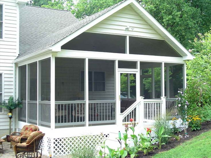 Best 25 screened porch designs ideas on pinterest for Screened in front porch