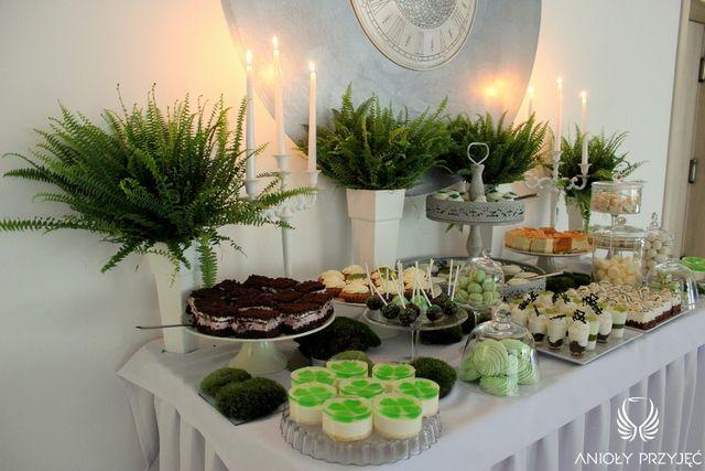 Irish theme Wedding,Sweet table decoratin,Fern,Sweets/Irlandzkie wesele,Słodki stół,Paproć,Anioły Przyjęć