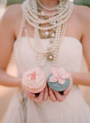 Lotsa pearls ... and some cupcakes.