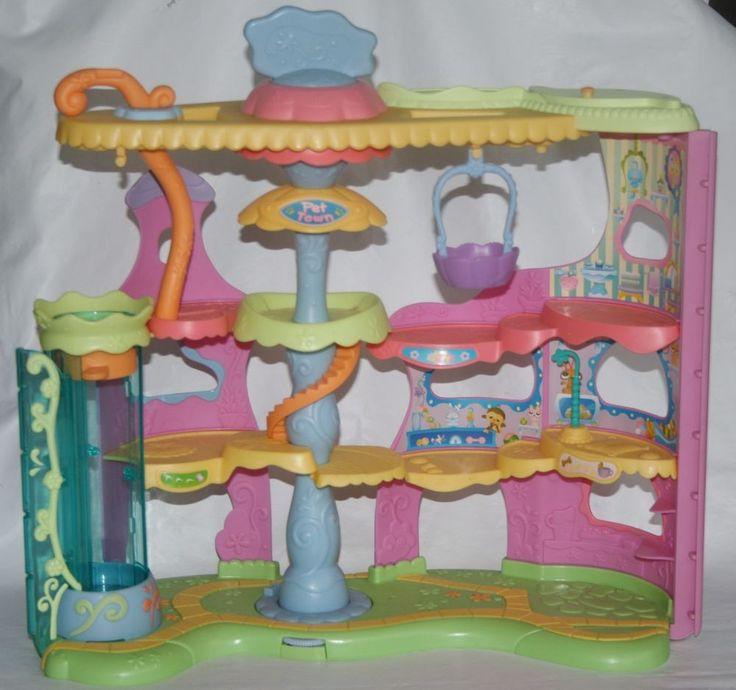 lps littlest pet shop pet town playset play set pretend. Black Bedroom Furniture Sets. Home Design Ideas