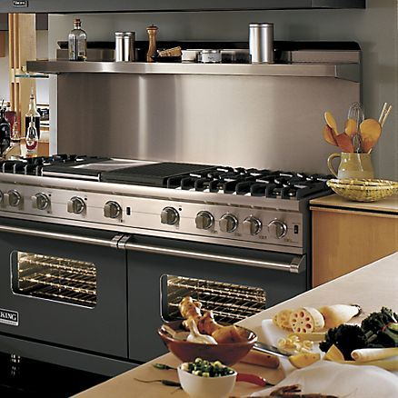 "60"" Custom Sealed Burner Range (VGCC) in 12 Exclusive Finishes - Viking Range Corporation:"
