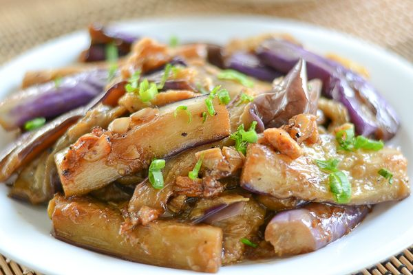 This Filipino Eggplant Adobo (Adobong Talong) dish consists of eggplant cooked in a sauce of vinegar, soy sauce, garlic, black pepper and bay leaf.