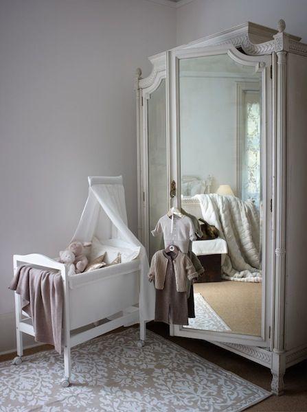 White Wardrobe. White bedroom. Zara Home.