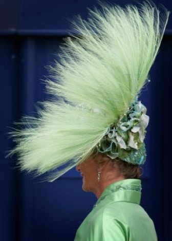 Royal Ascot 2007 - truly love this one. heck dust and look good too