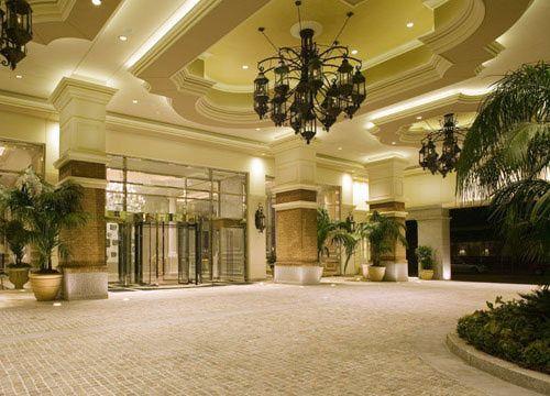 55 best exteriors porte cochere images on pinterest for Hotel porte orleans