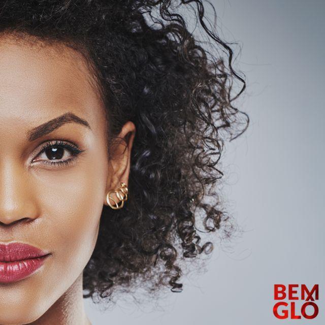 No post de hoje conheça algumas mulheres negras da história brasileira, provando que o poder feminino é um referencial intelectual e de resistência! Confira! Aproveite e acesse a loja oficial da Gloria Pires! . #BEMGLO #BOASIDEIAS #BOASPRATICAS #ESTARBEM #GLORIAPIRES #TUDODEBEMGLO #VIVERBEM #ARTECULTURA #BRASIL #RACISMONOBRASIL #CONTRAORACISMO #MULHERES #MULHERESNEGRAS