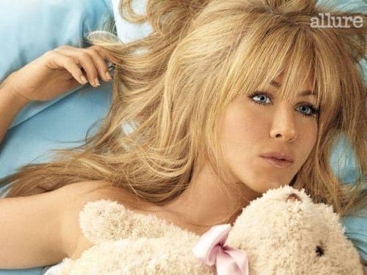 Jennifer Aniston: Her Allure Photo Shoot