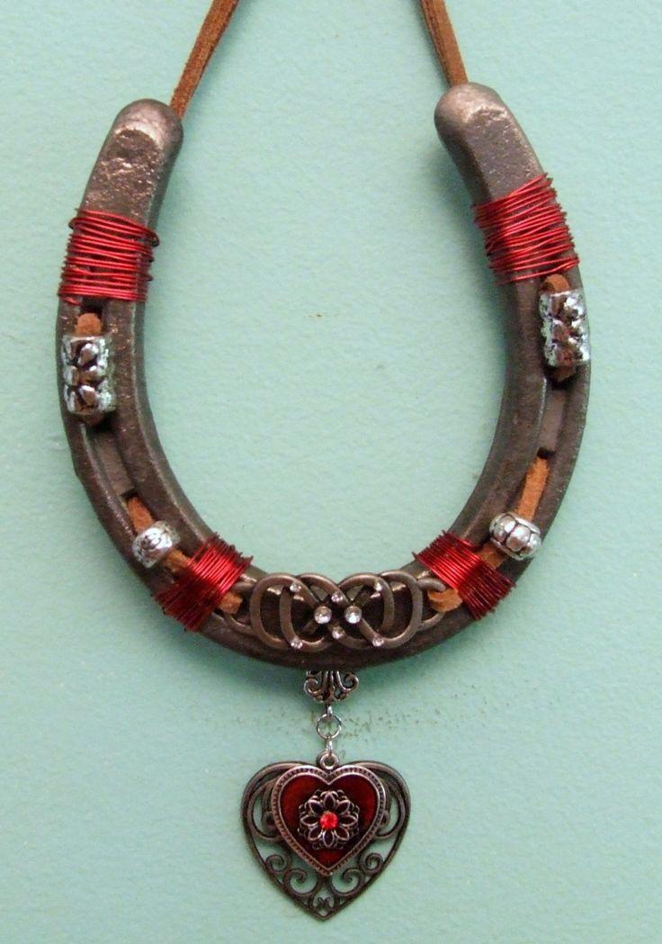 17 best ideas about horseshoe decorations on pinterest for Horseshoe christmas art