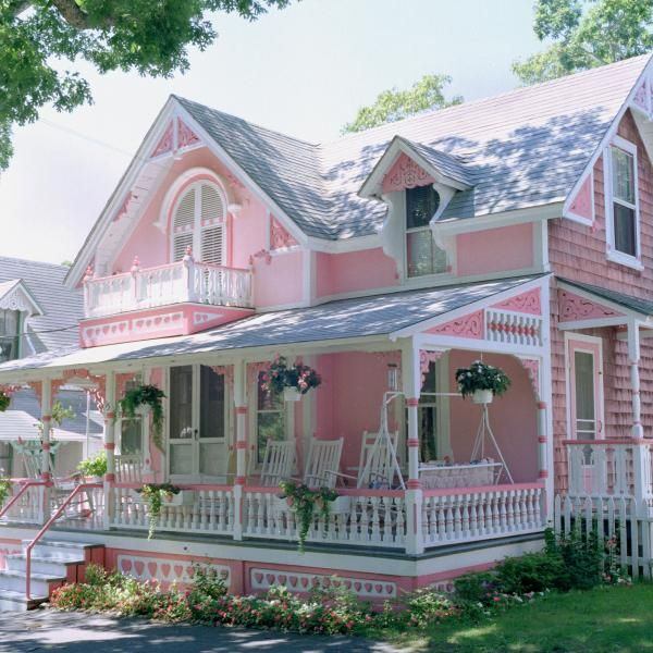 "pink gingerbread house    ~ Martha's Vineyard ~ Words cannot describe how much I LOVE this house!!! I wonder if my house looks like this in Heaven that ""He has built for ME""? Monie"