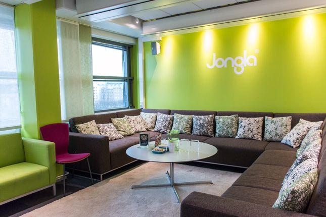 The Jongla lounge with an eight floor view. Image by Tyba (http://tyba.com/company/jongla/)