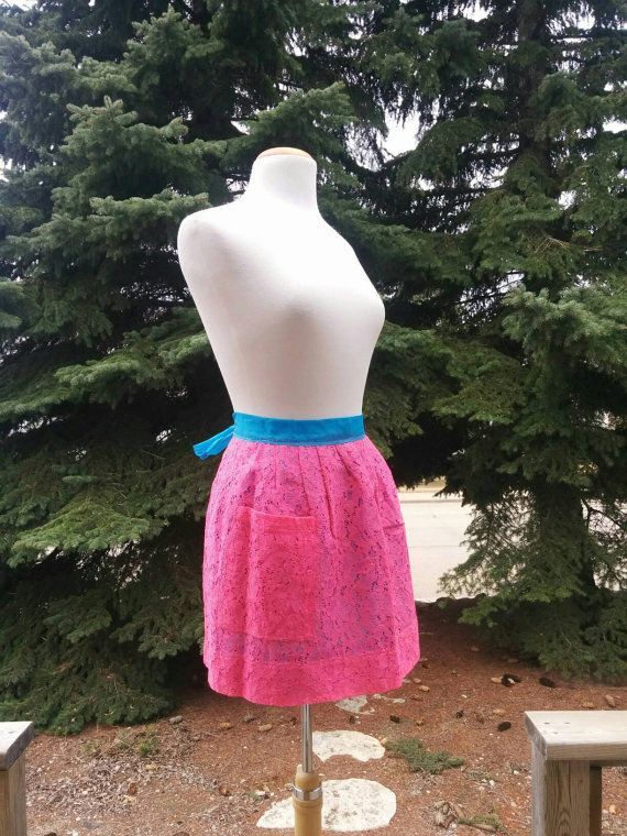 Check out this item in my Etsy shop https://www.etsy.com/listing/172392000/vintage-apron-hot-pink-bright-blue