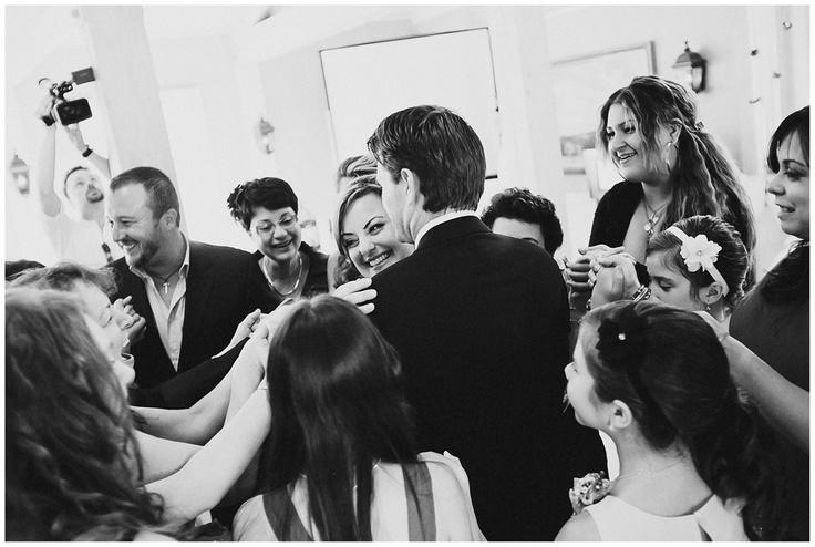 Circle of Joy - Toronto Wedding Photographer - Kleinburg - Doctor's House - www.swiegotstudios.com