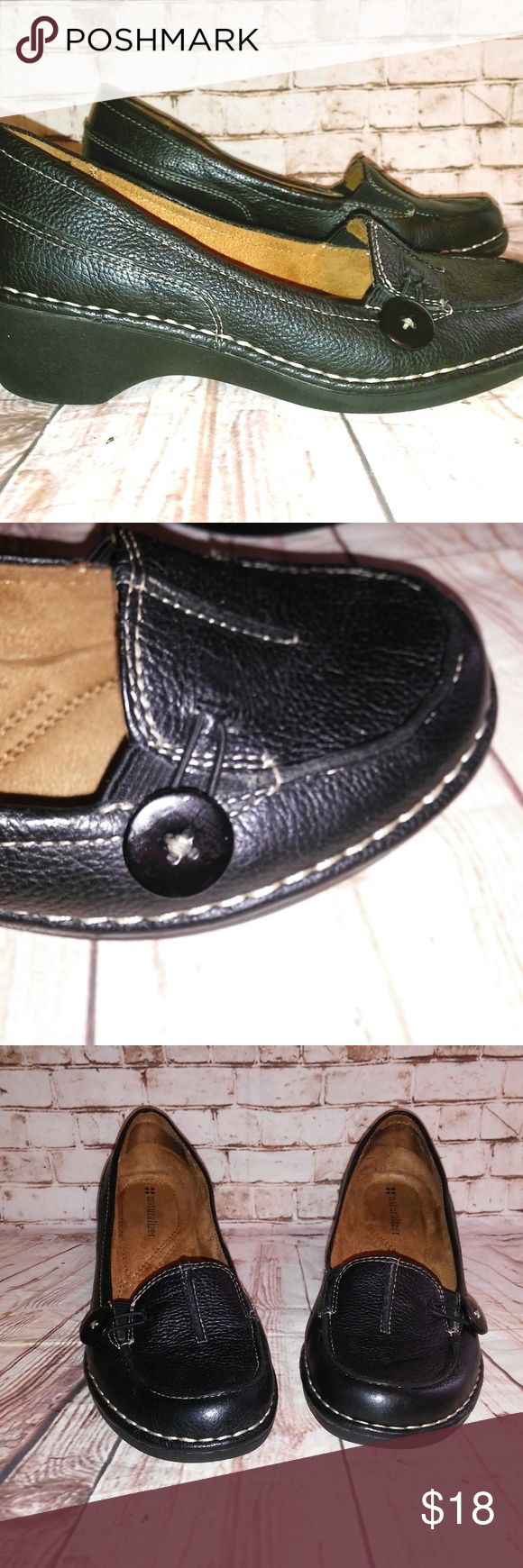 """Naturalizer Sharon Womens 6.5 Wedge Loafers Naturalizer Sharon Women's size 6.5 Black Pebbled Leather wedge loafer style pumps (2"""" heel) with decorative button. Great condition with minimal wear on soles. Previous owner put in heel guards that have been removed as pictured. Naturalizer Shoes Heels"""