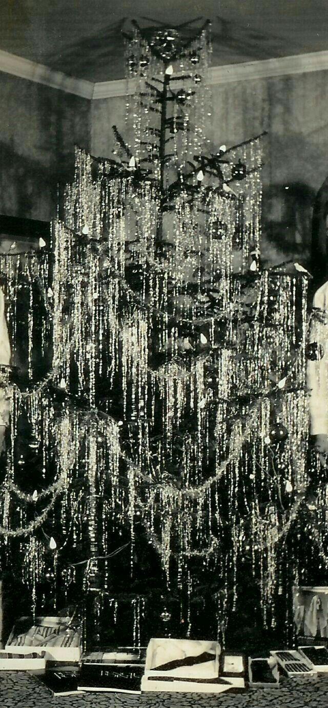 lametta lametta lametta fr her weihnachtsbaum. Black Bedroom Furniture Sets. Home Design Ideas