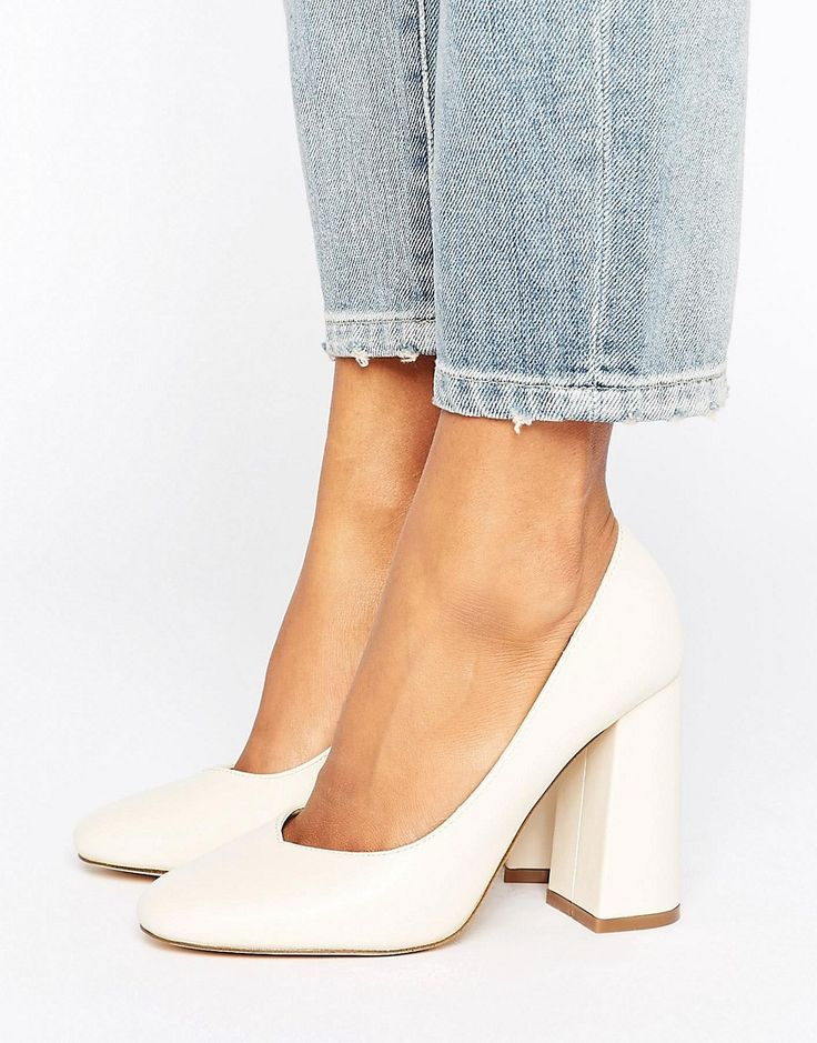 Lost Ink Freda Flared Block Heeled Shoes – Cream