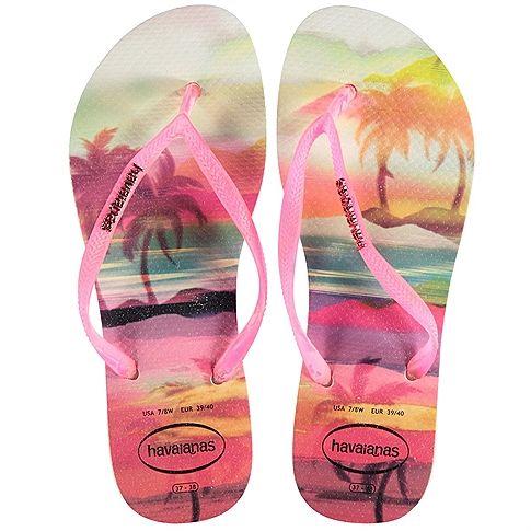 Bij het ontwerp van de slippers zijn de Zori sandalen uit Japan als inspiratie gebruikt. Om deze reden hebben de Havaianas slippers ook een voetbed