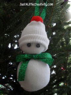 Baby Sock Snowman Ornament Instructions - link: http://www.justalittlecreativity.com/2011/12/baby-sock-snowman-ornament-diy.html