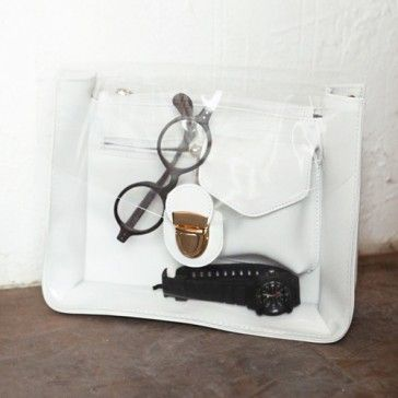 [Clear Pocket Bag] A faux leather crossbody bag featuring a clear front and metal push-lock closure. Adjustable shoulder straps can be removed. Very Special and Unique design.