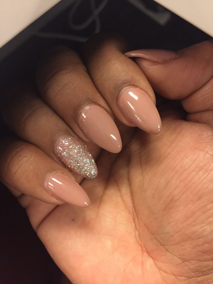 #nails #partynail #nude #almond