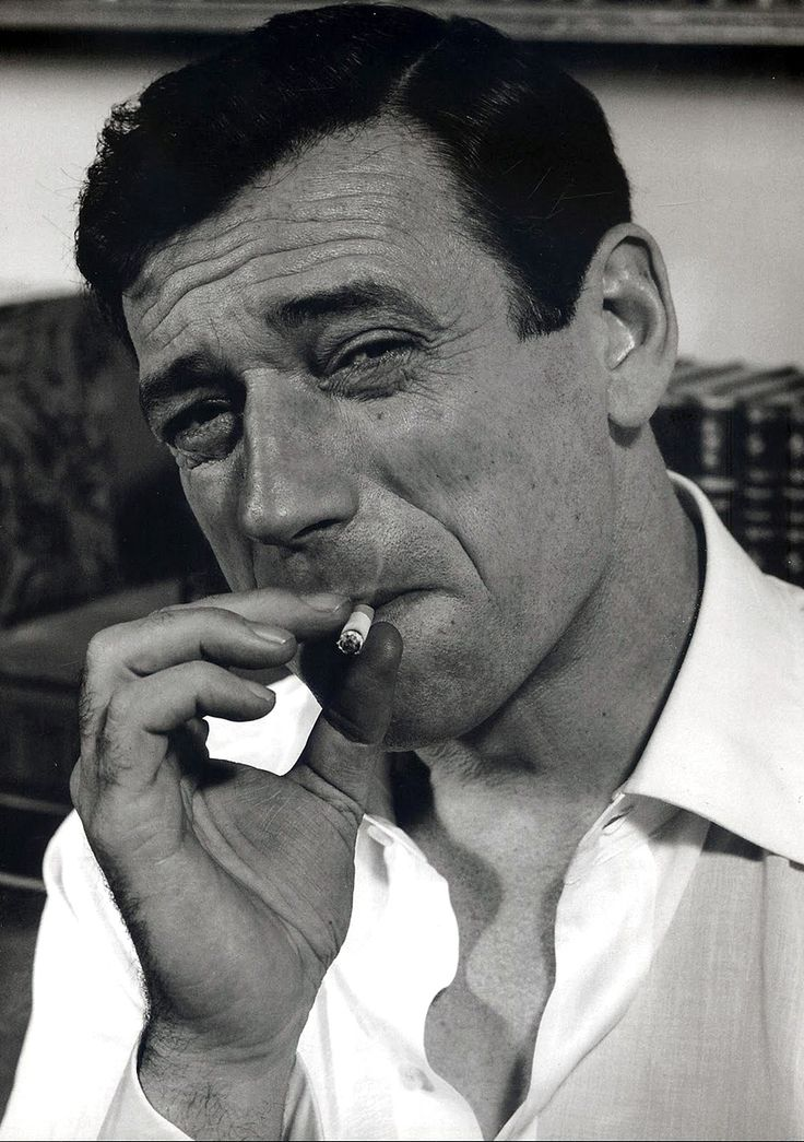 yves montand cigarette aux lèvres