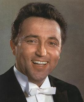 Fritz Wunderlich- ( 26.September 1930- 17.September 1966 ) war ein deutsche Tenor.