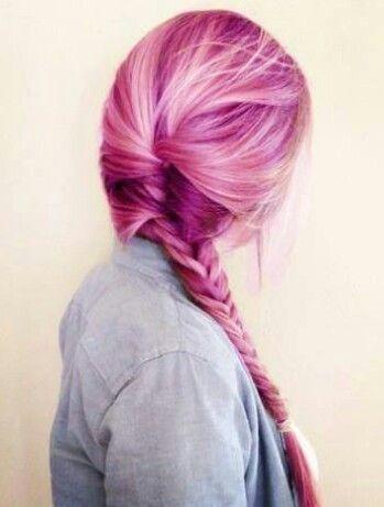 Hier findest du Haarkreide und nützliche Tips um ein perfektes Ergebnis zu bekommen. Beste Haarkreide