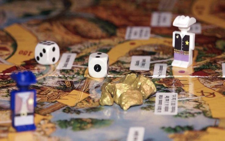 Cowboyok és aranyrögök az Ezüst-tó kincse társasban ( retro board game )