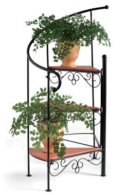 Staircase Planter im gonna make for my mom