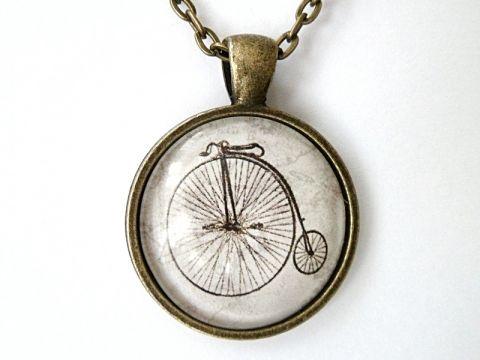 Üveglencsés nyaklánc velocipeddel, Meska.hu bicycle, old bike
