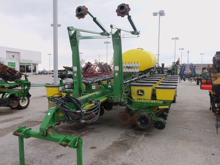 16 row John Deere 1770NT corn planter