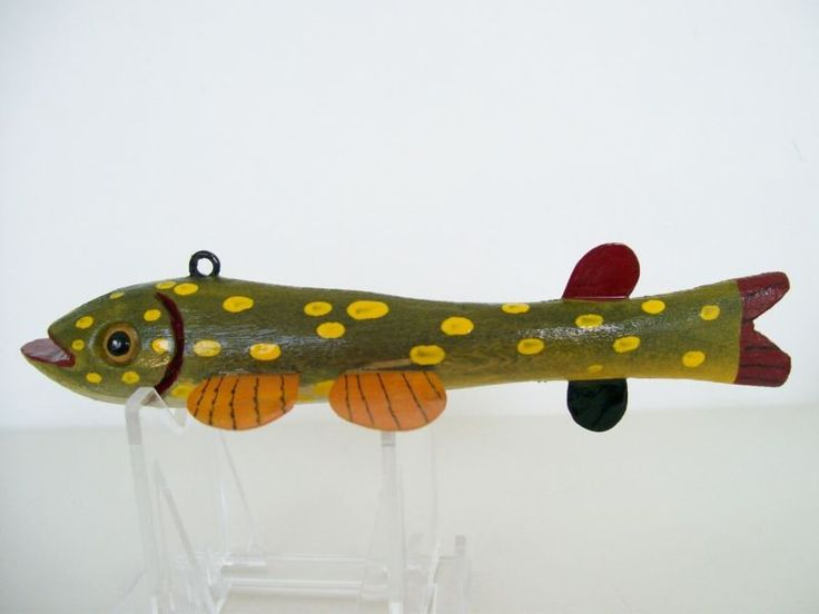 Cadillac pike folk art fish decoy lure ice fishing for Pike ice fishing lures