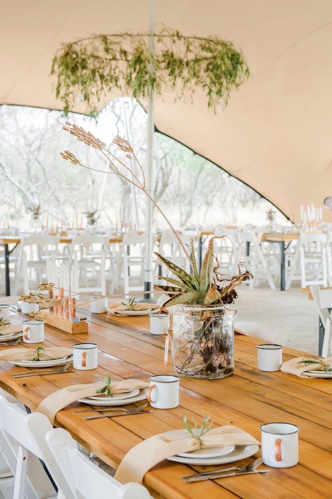 Organic Bushveld Wedding | SouthBound Bride | http://www.southboundbride.com/organic-bushveld-wedding-by-riankas-wedding-photography | Credit: Rianka's Wedding Photography