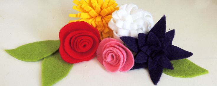 How to sew felt flowers   Crafternoon Cabaret Club. Read the full tutorial at http://crafternooncabaretclub.com/2015/09/07/four-ways-with-felt-flowers/