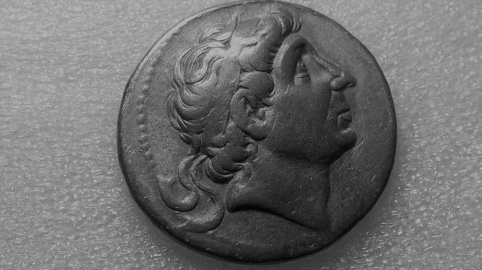 Maison d'enchères en ligne Catawiki: Grèce antique - Royaume Seleucide - Antochus III le grand, Tétradrachme AR, 223-187  av J.-C.