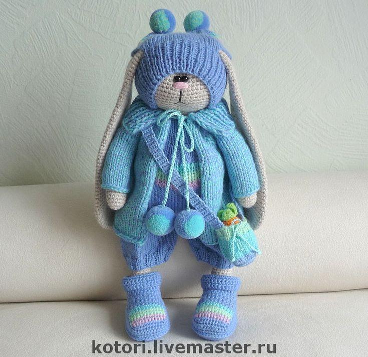 Купить Эйс в голубом - заяц, заяц вязаный, вязаная игрушка, зайчик, вязаный зайчик, зайчишка