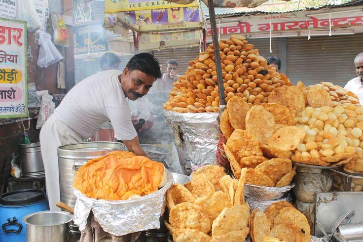 Food Tour : Flavors of Agra | Padhaaro