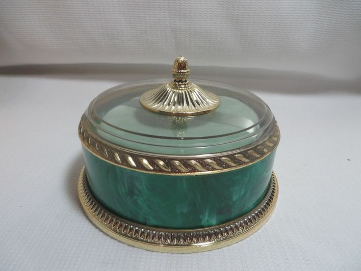 Vintage 60s Avon Regence Beauty Dust Powder Container w Box Gift