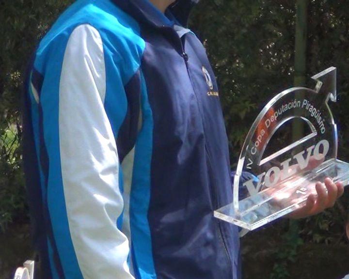 Trofeos metacrilato transparente.