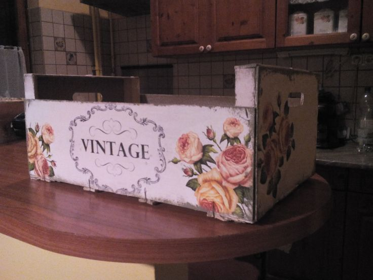 Fruit box with decoupage&transfer