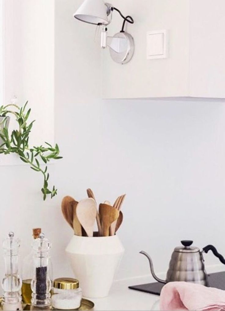 Rimm Vase works just as well in the Kitchen as a cool place to store your utensils.  Photocredit @coffeetablediary
