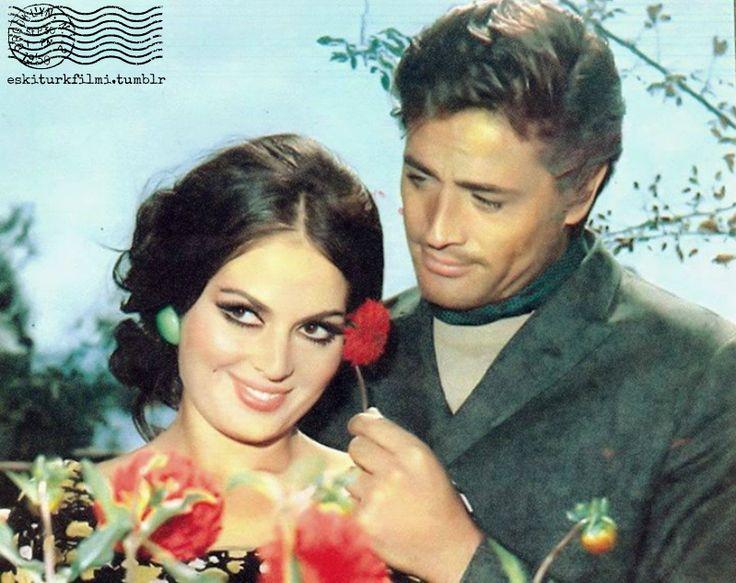 Eski Türk Filmi (Türkan Şoray)