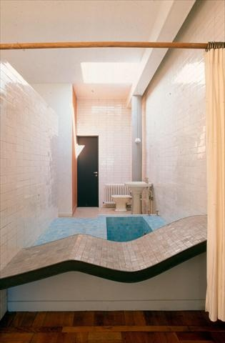 Fondation le corbusier salle de bains villa savoye a - Salle de bain villa savoye ...