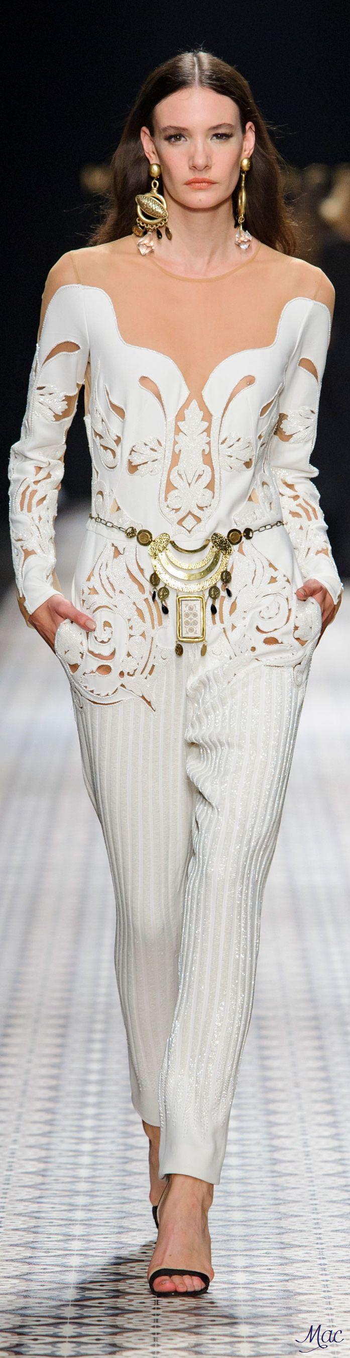 Spring 2017 Ready-to-Wear Mario Dice