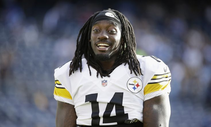 SAN DIEGO, CA - OCTOBER 12:  Wide receiver Sammie Coates #14 of the Pittsburgh Steelers takes part in pre-game warm ups before a game against the San Diego Chargers at Qualcomm Stadium on October 12, 2015 in San Diego, California.  (Photo by Jeff Gross/Getty Images)