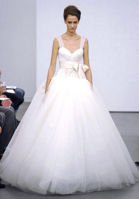 272 best ball gown wedding dresses images on pinterest for Vera wang princess wedding dress